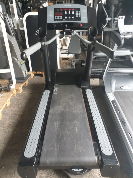 Fitness equipment professioneel strength and cardio
